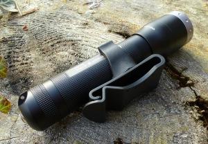LED Lenser M7RX mit Gürtelclip