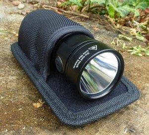 EagleTac GX25A3 - Holster mit Taschenlampe